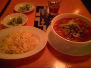 トマトスープで酸っぱ辛いラーメン