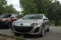 今回のレンタカー Mazda3